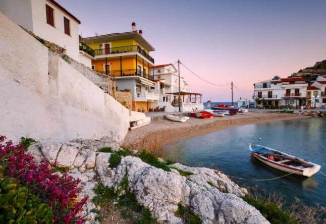 购房移民希腊自己办可以吗,移民申请条件是什么?
