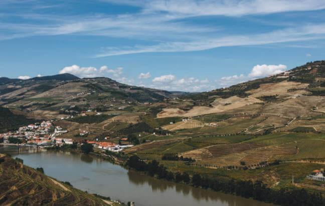葡萄牙移民门槛到底有多低?葡萄牙移民签证优势-飞际海外通